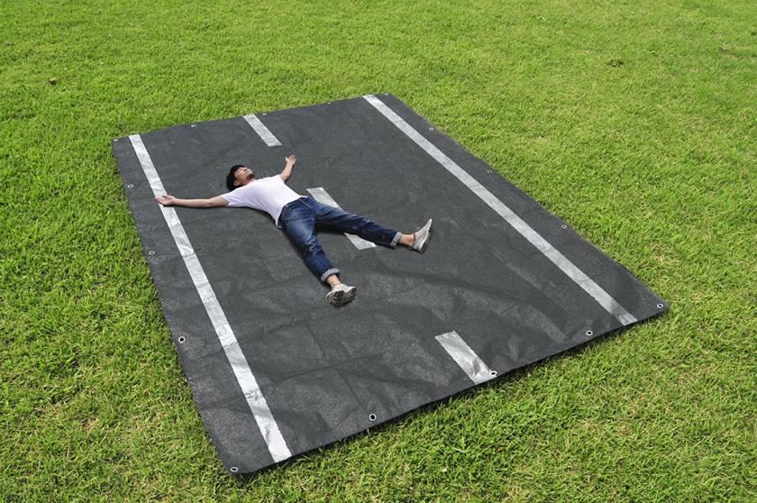 yuma kano - product designer - Picnic Sheet - On the Road