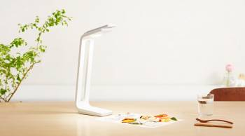 Snaplite | A Desk Light and Scanner For Your Smartphone